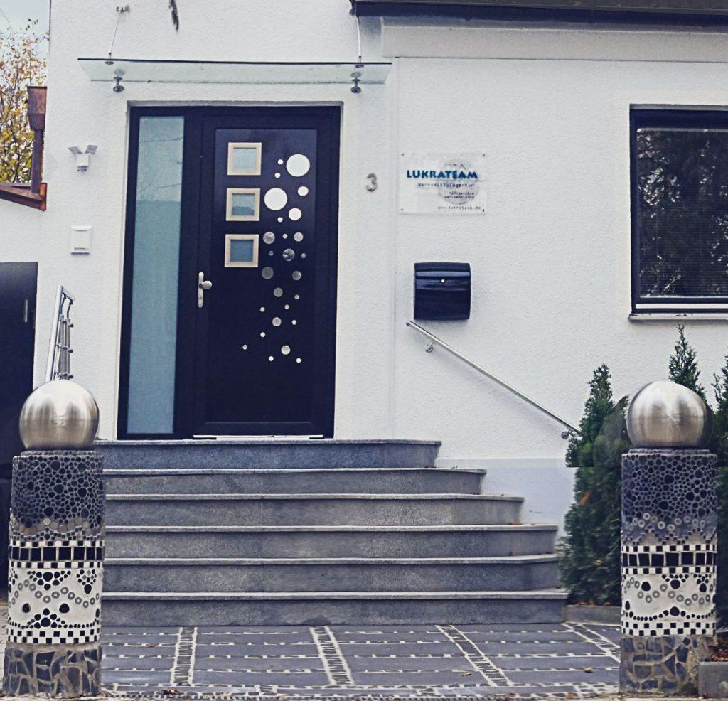 Lukrateam Werbemittelagentur Haus