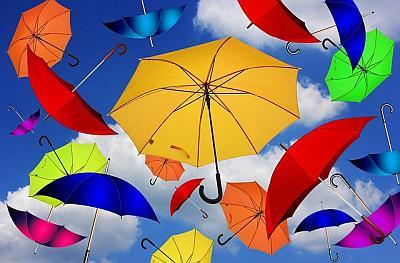 Werbeartikel Kataloge für Taschen & Schirme